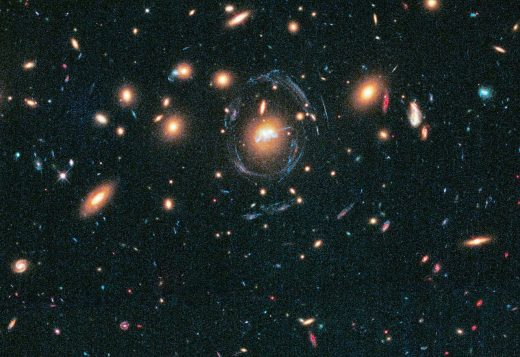 Droplets of star formation and two merging galaxies in SDSS J1531 3414